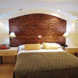 Hotel A&B - Habitación superior con hidromasaje